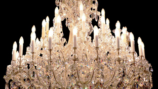 How to clean the chandelier