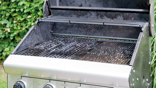How to clean a BBQ
