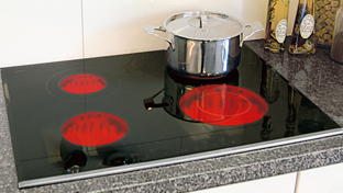 How to clean a ceramic hob