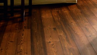 Wooden floors in floor oil