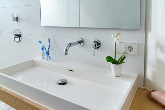 Hygienically clean bathroom with our bathroom tile cleaners and bathroom cleaning products
