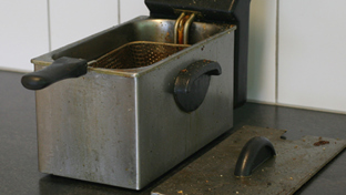 Deep fryer cleaning